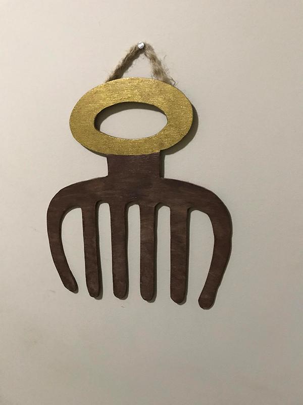 Duafe (Comb) Wall Hanging